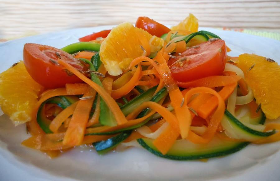 Recetas por raciones · Tallarines de zanahoria y calabacín