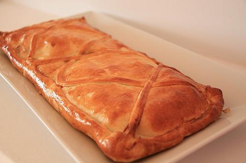 Receta por raciones: empanada gallega