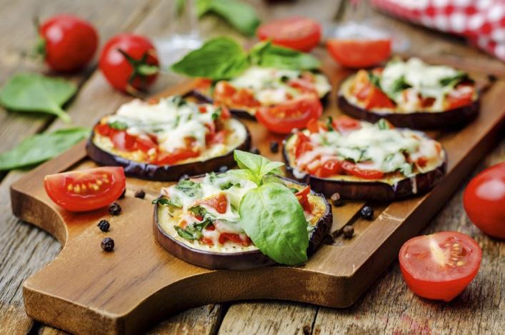 Pizza con base de berenjenas